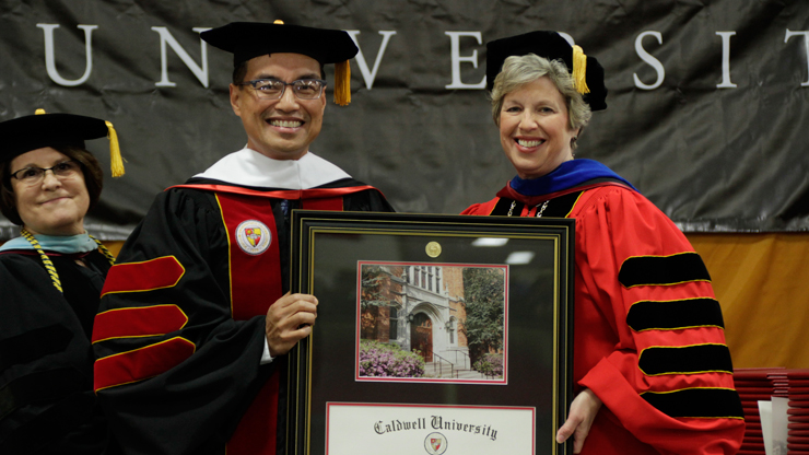 Special Guest for the Commencement Ceremony honored by Dr. Blattner