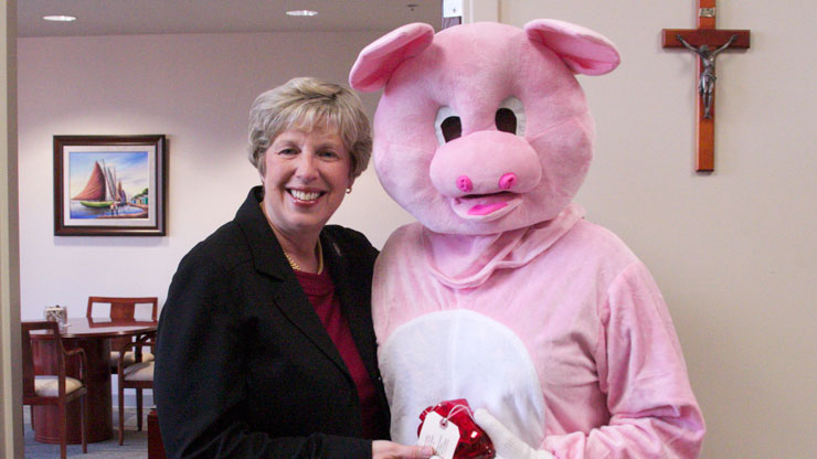 Phil the pig with Dr Blattner