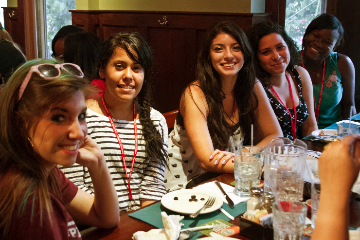 Students at local restaurant in Caldwell having lunch