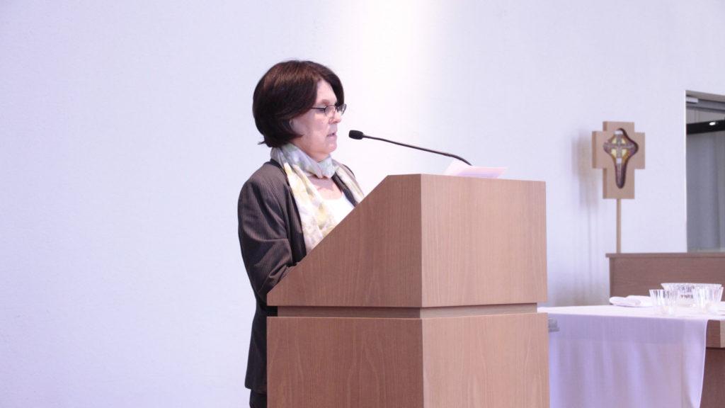 Dr. Barbara Chesler addressing the Ceremony