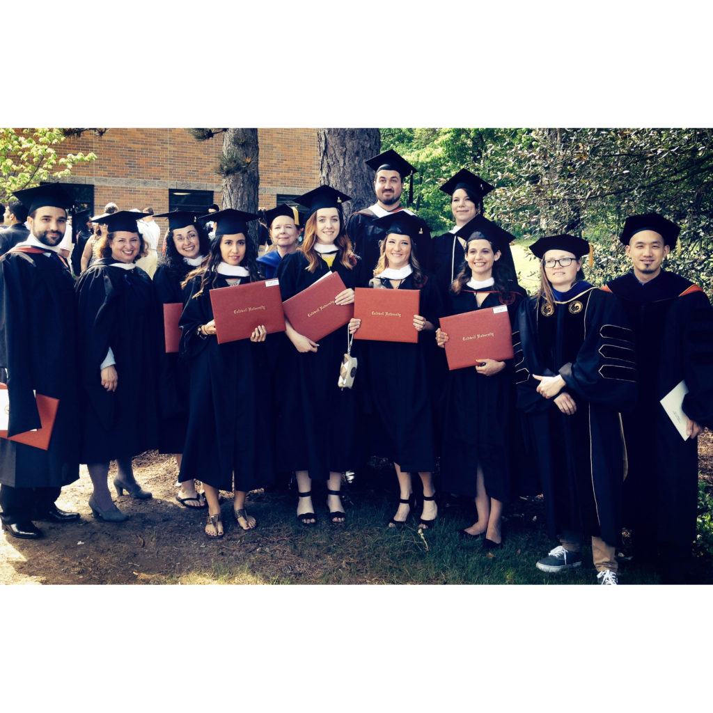 Art major graduates 2015