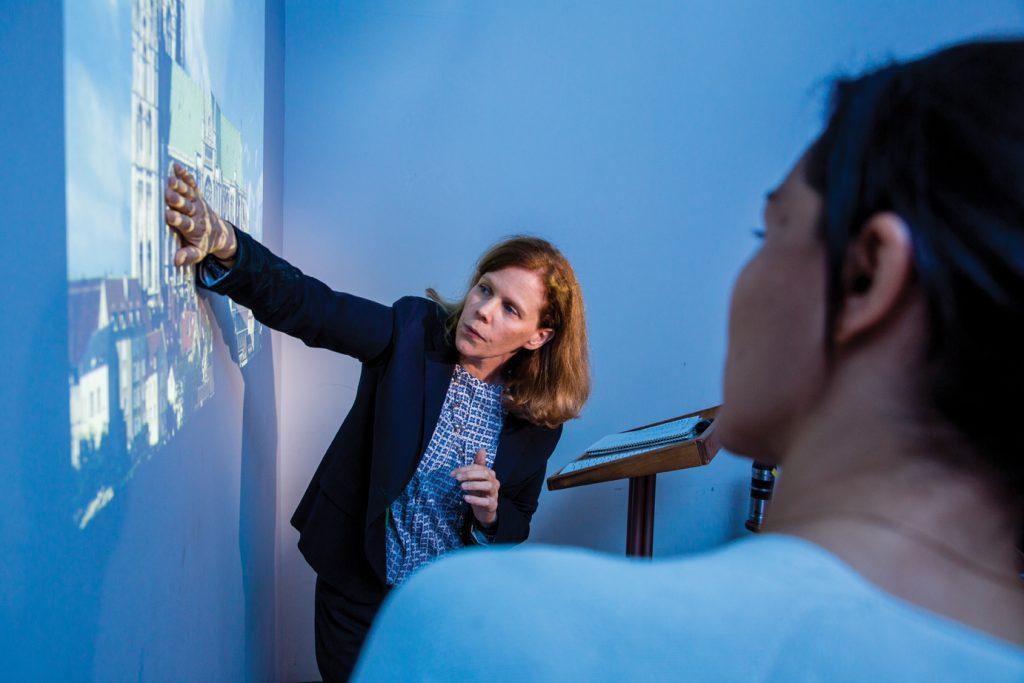 Art professor Jennifer Noonan in class