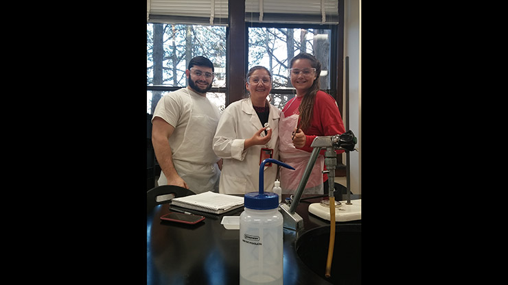 Students at Chemistry LAb with Professor Agnes Berki