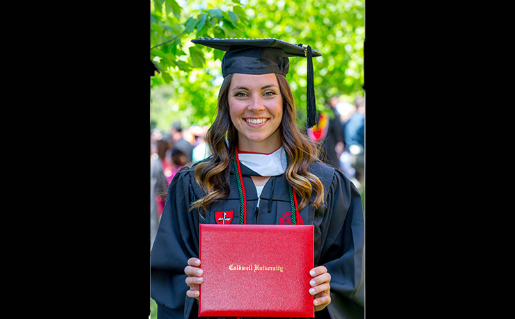 Biology graduate Amy Hickman was admitted into the Doctor of Physical Therapy program at University of the Sciences.