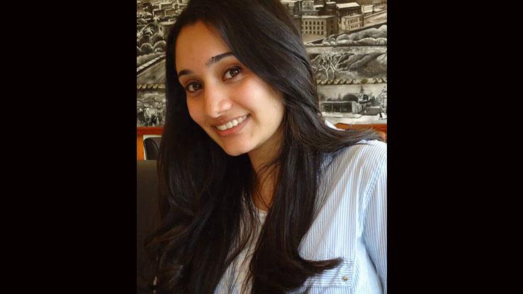Biology graduate Yara A. attends the dental program at Tufts University.
