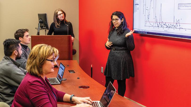 Professor Tina Sidener leads an ABA graduate class.